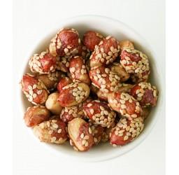 Erdnüsse Sesam